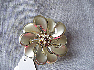Tin, Rhinestone, and Pearl Flower Brooch (Image1)