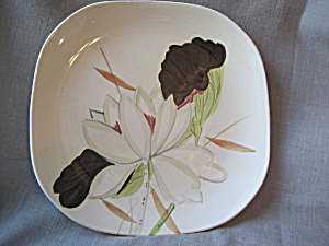 Red Wing Dinner Plate (Image1)