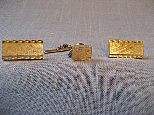 Goldtone Tie Tac and Cuff Links (Image1)