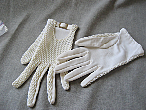 Vintage Buckled Gloves (Image1)
