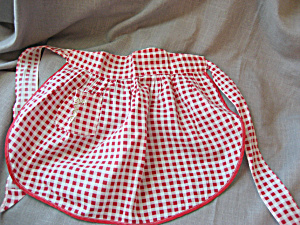 Childs Red Apron (Image1)