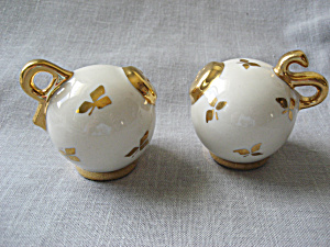 Gold Top And Gold Leaf Salt And Pepper Shaker