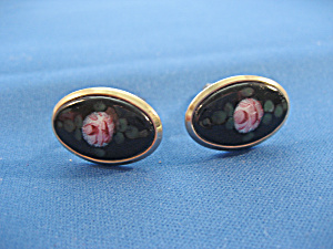 Woman's Flower Cuff Links (Image1)