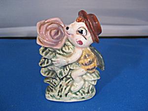 Bumblebee Figurine (Image1)
