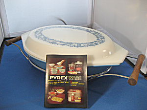 Pyrex Divided Casserole Dish With Holder