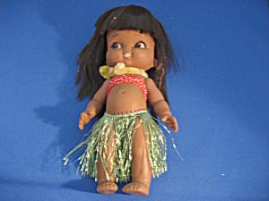 Plastice Hawaiian Doll (Image1)
