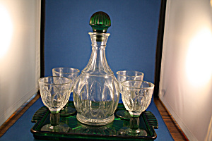 Avon Green Access Decanter, Glasses , And Tra