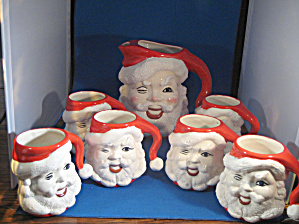 Santa Pitcher and Cups (Image1)