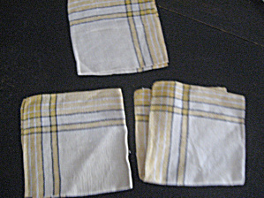 3 Yellow Linen Napkins