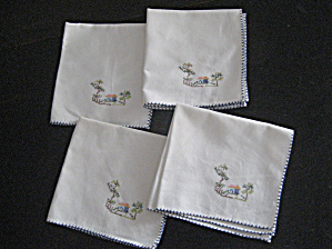 House Scene Embroidered Napkins (Image1)