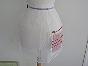 Red Button Nylon Apron (Image1)
