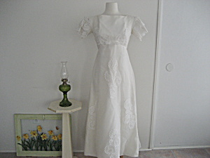 1970 Empire Waist Wedding Dress (Image1)