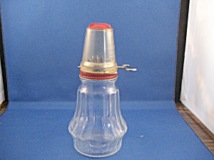 1950 Nut Grinder with Measuring Cup Top (Image1)