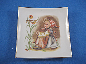 Holly Hobbie Square Hanging Plate