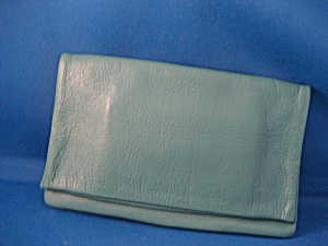 Women's Green Leather Billfold (Image1)