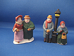Christmas Village People (Image1)