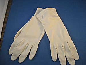White Cotton Gloves (Image1)