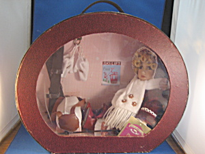 Porcelain Peggy Doll and Case (Image1)