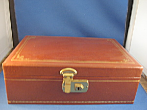 Brown Jewelry Box (Image1)