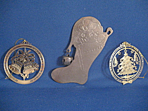 Stocking, Tree, and Bell Metal Ornaments (Image1)