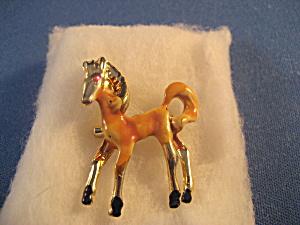 Horse Pin (Image1)