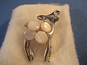 Mother of Pearl Deer Pin (Image1)