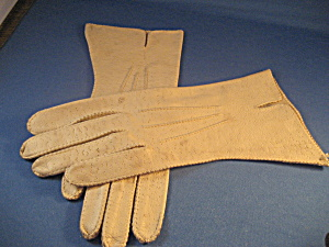 Tan Deerskin Gloves (Image1)