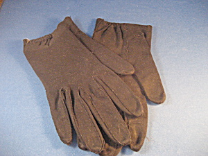 Black Scallop Gloves (Image1)