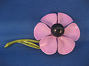 Tin Painted Daisy Brooch (Image1)