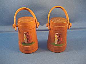 Sugar Bucket Salt and Pepper Shakers (Image1)