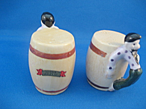 Man on a Barrel Salt and Pepper Shakers (Image1)