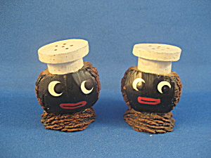 Black Americana Wooden Salt And Pepper Shakers