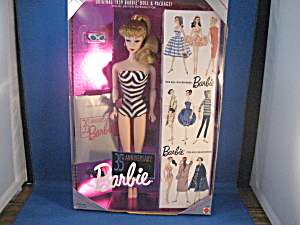 35th Anniversary Barbie (Image1)