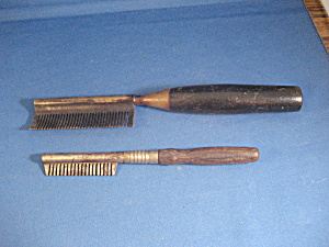 Two Hot Combs (Image1)