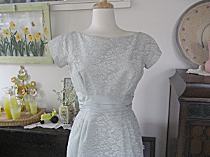 Lorrie Deb Lace Holiday Dress (Image1)