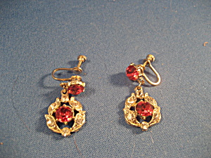 Red Rhinestone Dangling Earrings (Image1)