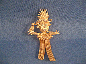Scarecrow Pin (Image1)
