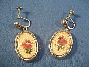 Embroidered Earrings (Image1)