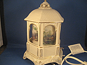 Thomas Kinkade Musical Light