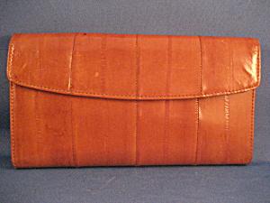 Buxton Eelskin Wallet (Image1)