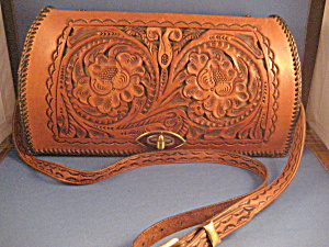 1950 Hand Tooled Leather Purse (Image1)