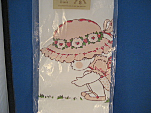 Bonnet Girl Table Cloth