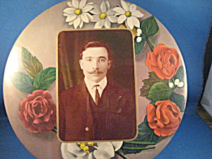 Rose Frame Tin Type Picture of a Man (Image1)