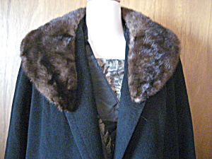 Betty Rose Cashmere Black Coat With Fur Collar