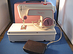 Sears Child Sewing Machine (Image1)