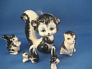 Squirrel Group Figurines