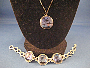 Butterfly Wing Scene Necklace and Bracelet  (Image1)