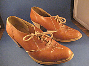 1930 Women's Leather Tie Shoe