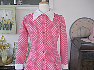 White Collar And Cuffs Pink 70s Dress