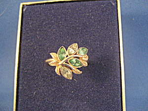 Avon Leaf Lights Ring